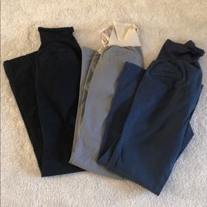 Old Navy Maternity Size 6 khakis lot